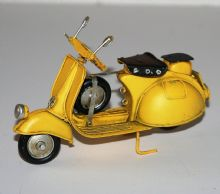 Tin Model - Yellow SCOOTER